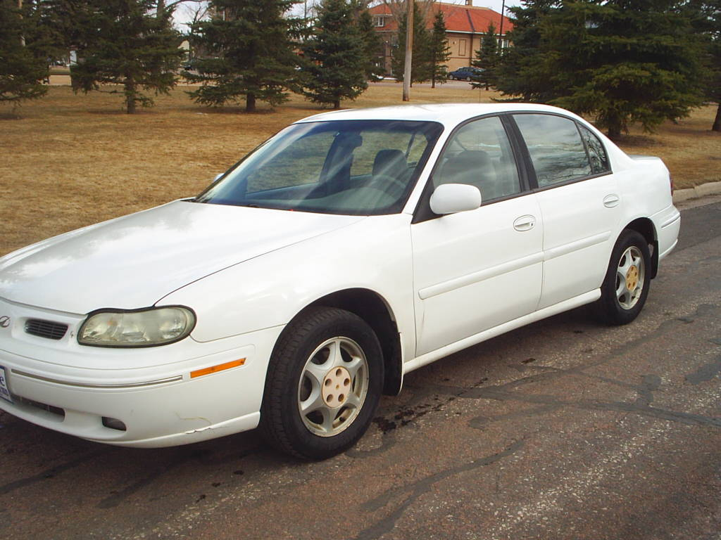 1998 Oldsmobile Cutlass #4