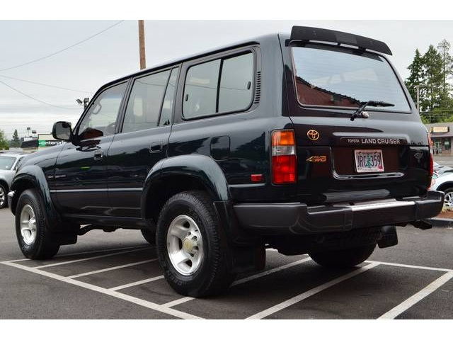1995 Toyota Land Cruiser #2
