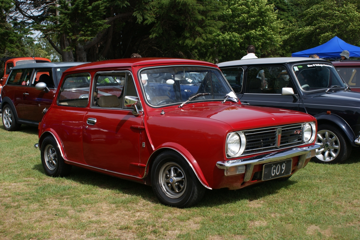 1973 mini clubman photos informations articles. Black Bedroom Furniture Sets. Home Design Ideas