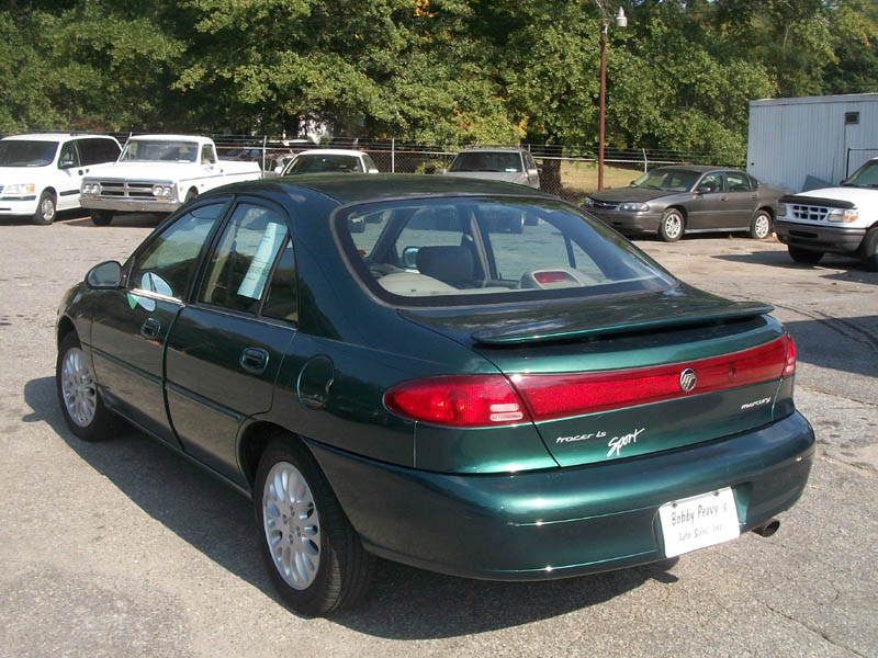 1999 Ford Tracer #3
