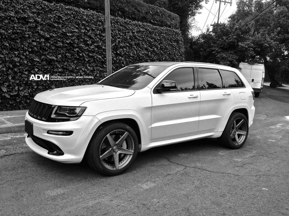 srt vancouver grand cherokee preview jeep show auto pangcouver international media