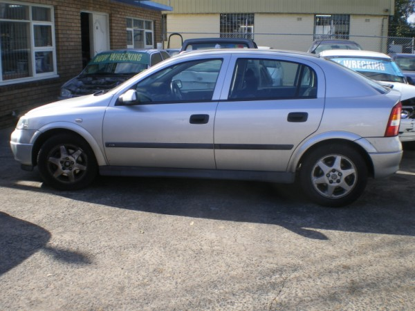 2000 holden astra photos informations articles bestcarmag com rh bestcarmag com holden astra 2000 service manual pdf 2017 Holden Astra