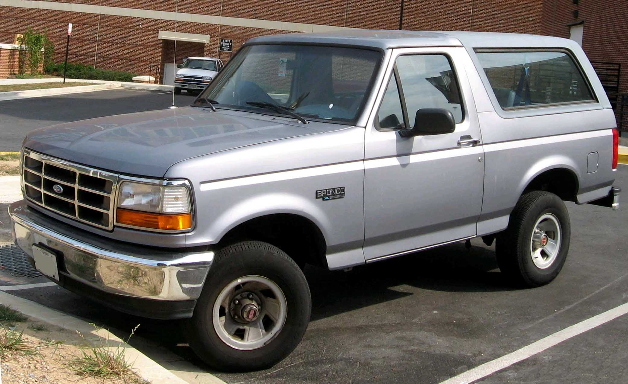 1992 Ford Bronco #3