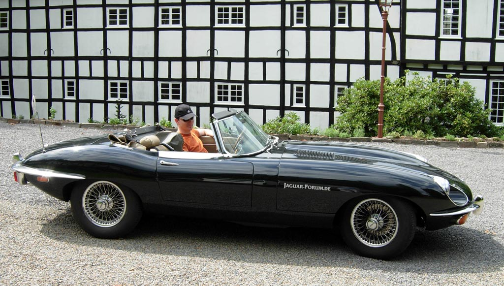 Jaguar E-Type #8