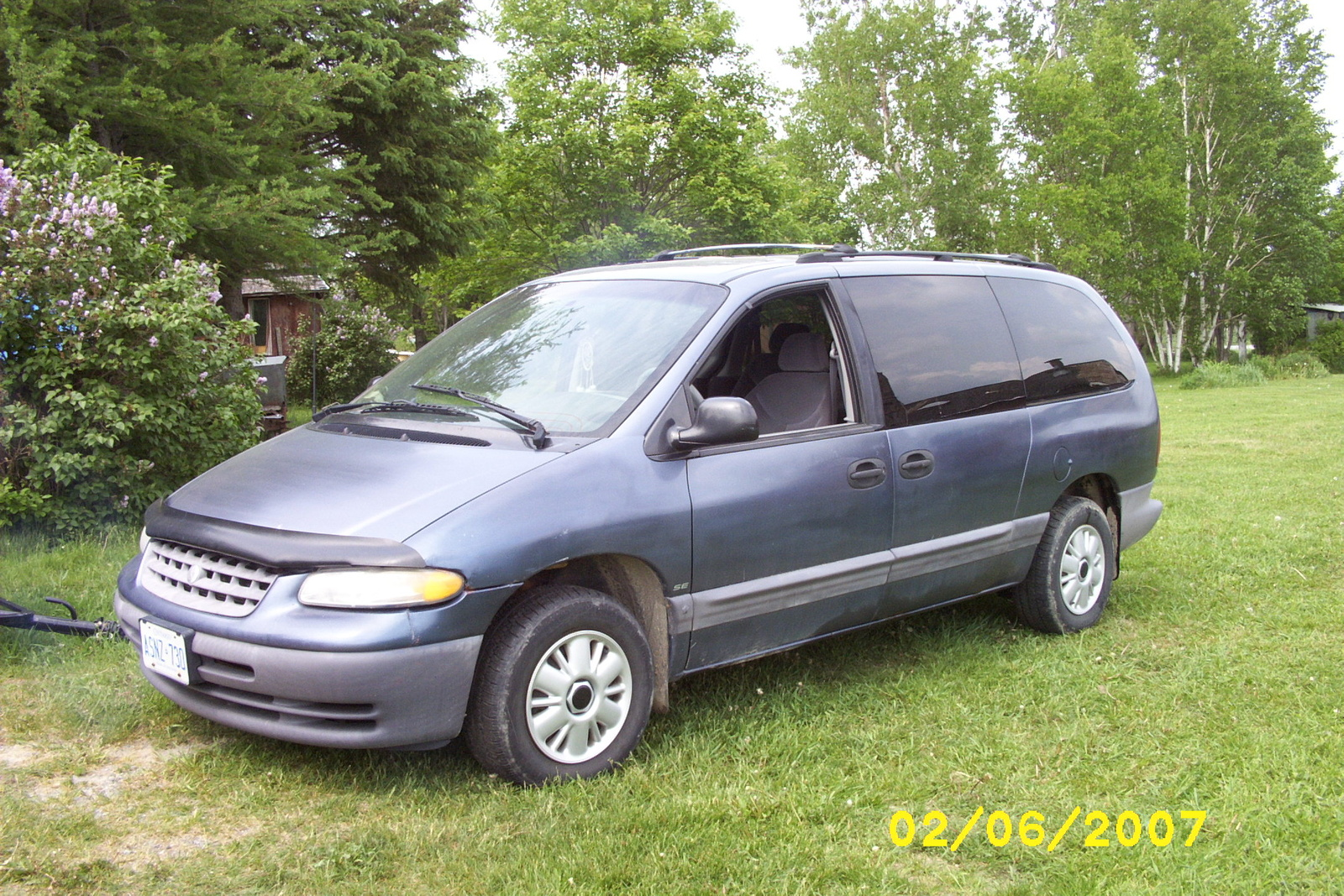 1996 Plymouth Voyager #2