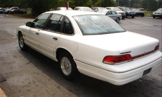1993 Ford Crown Victoria #10