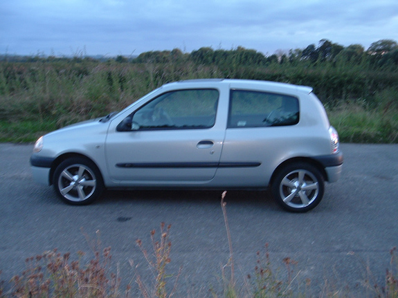 1999 renault clio photos informations articles bestcarmag com