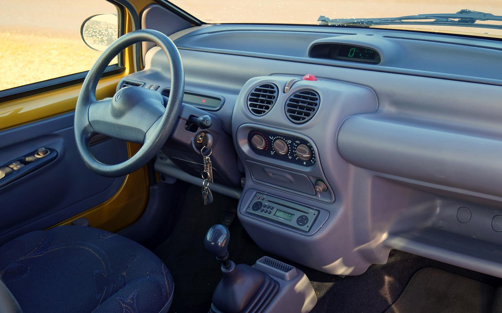 1998 Renault Twingo Photos, Informations, Articles - BestCarMag.com