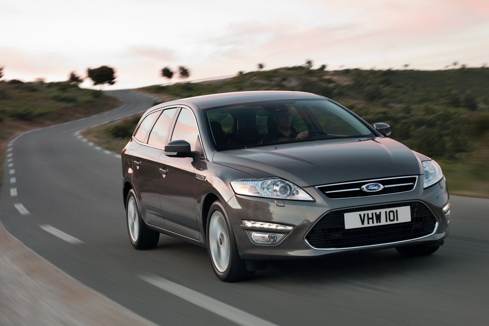2011 Ford Mondeo #19