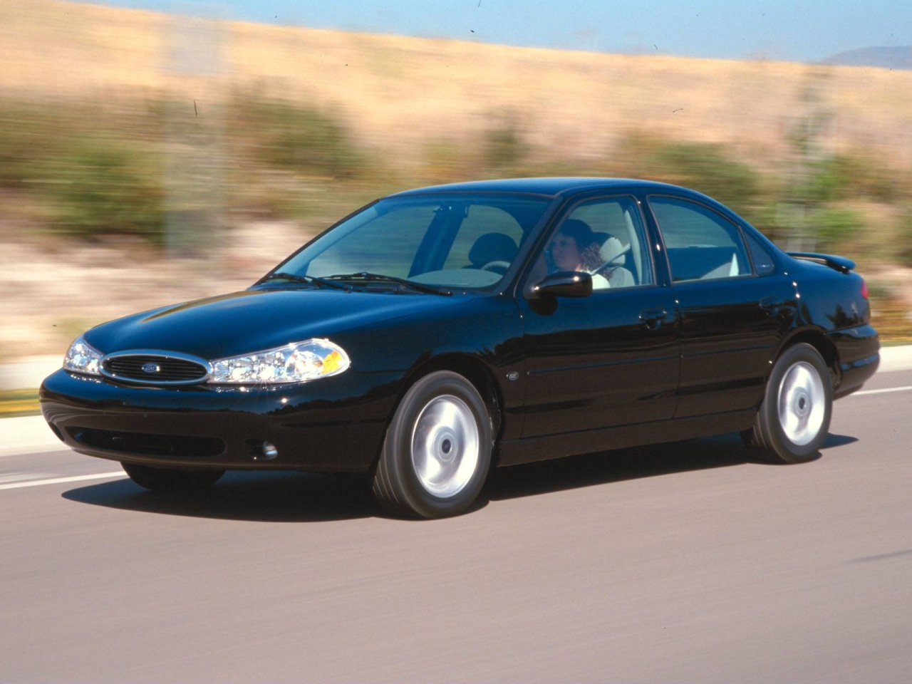 2000 Ford Contour #5