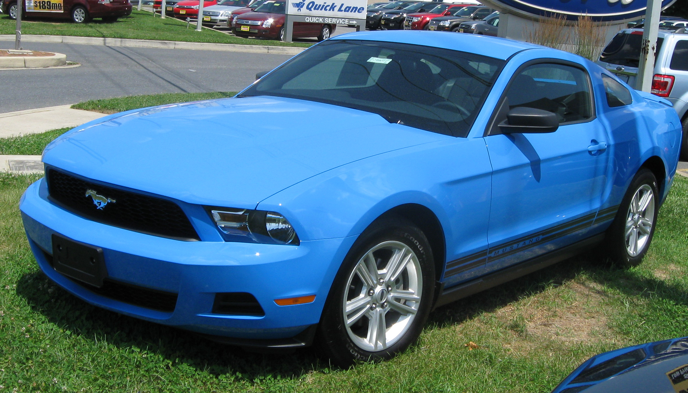 2010 Ford Mustang #8