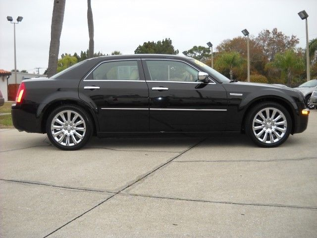 2009 Chrysler 300 #15