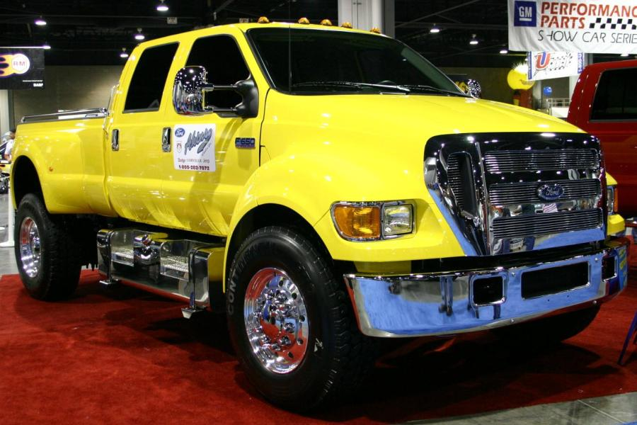 2007 Ford F-650 #8