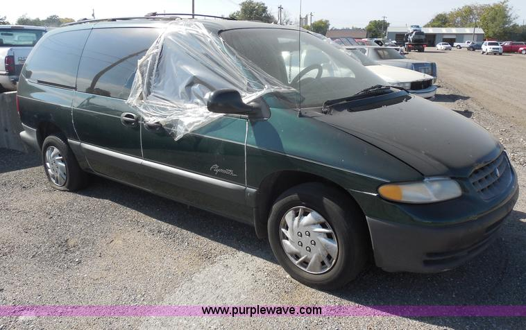 1997 Plymouth Grand Voyager #8