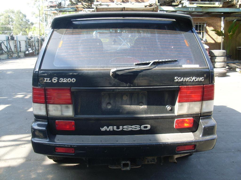 1996 Ssangyong Musso #10