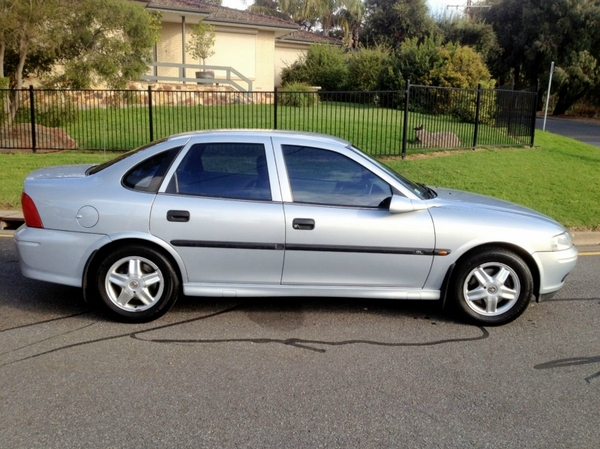 2002 Holden Vectra #4