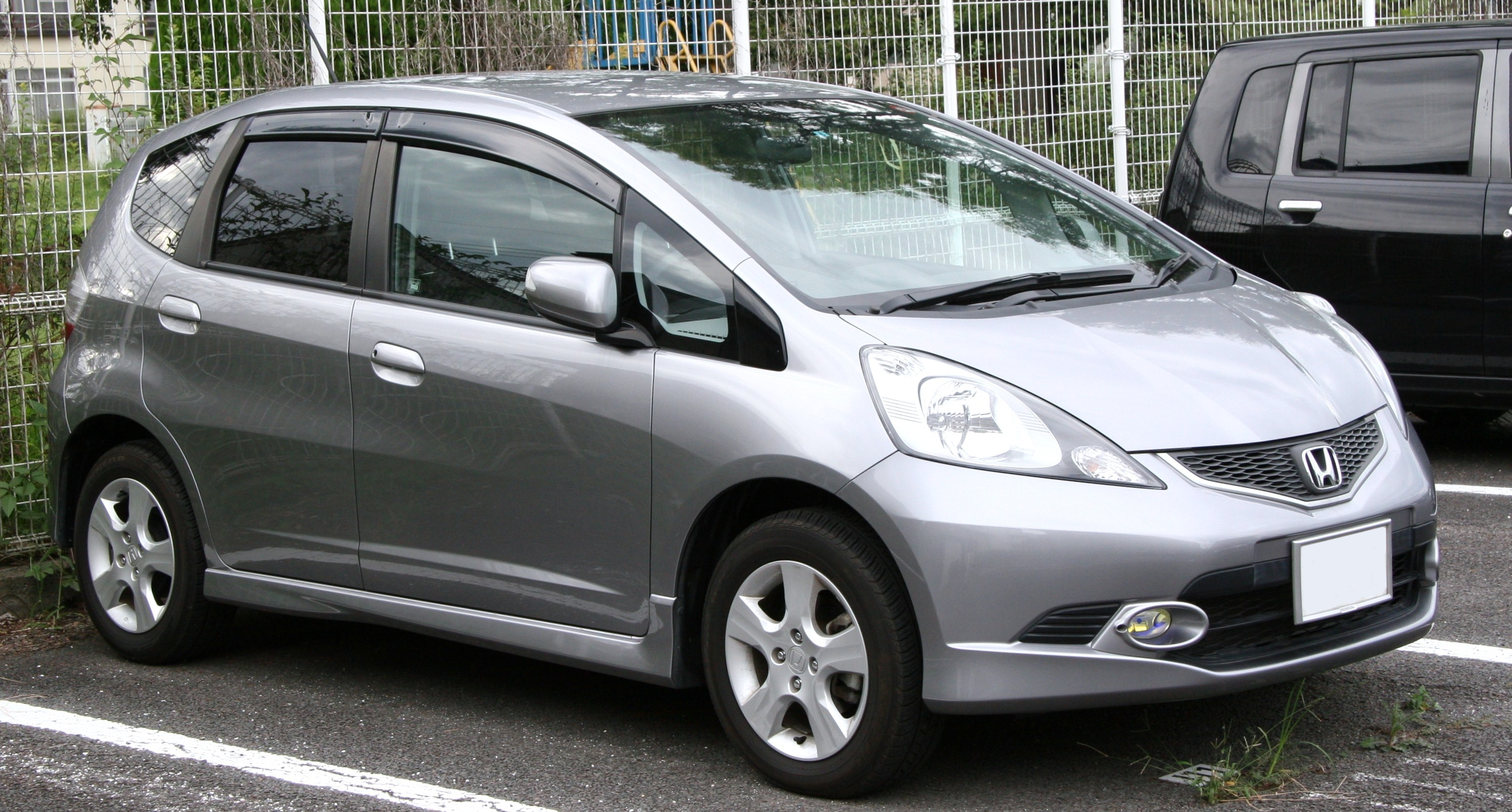 Superb 2010 Honda Fit #11