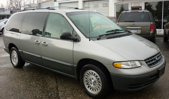 2000 Plymouth Grand Voyager #5