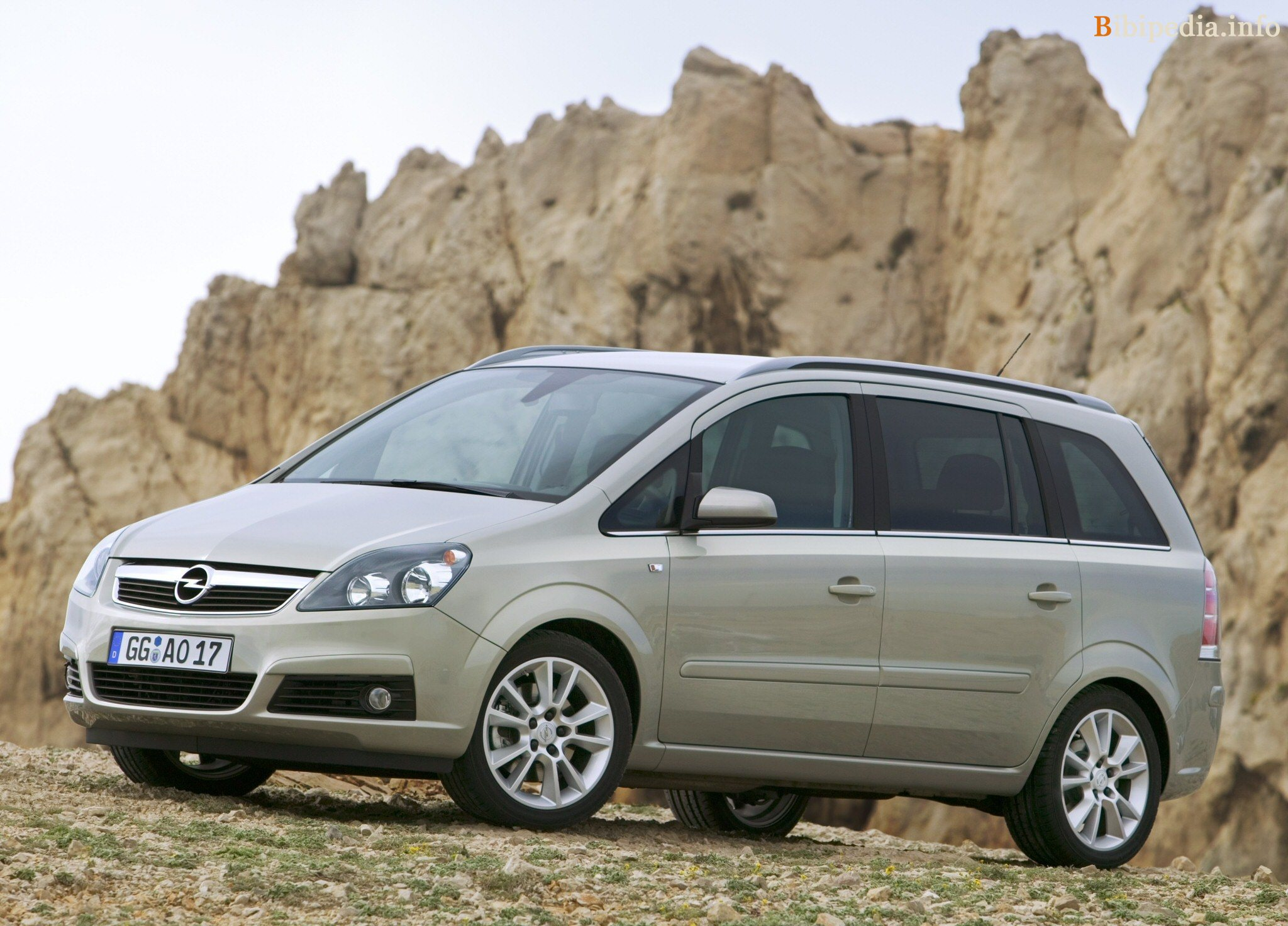 2006 opel zafira photos informations articles. Black Bedroom Furniture Sets. Home Design Ideas