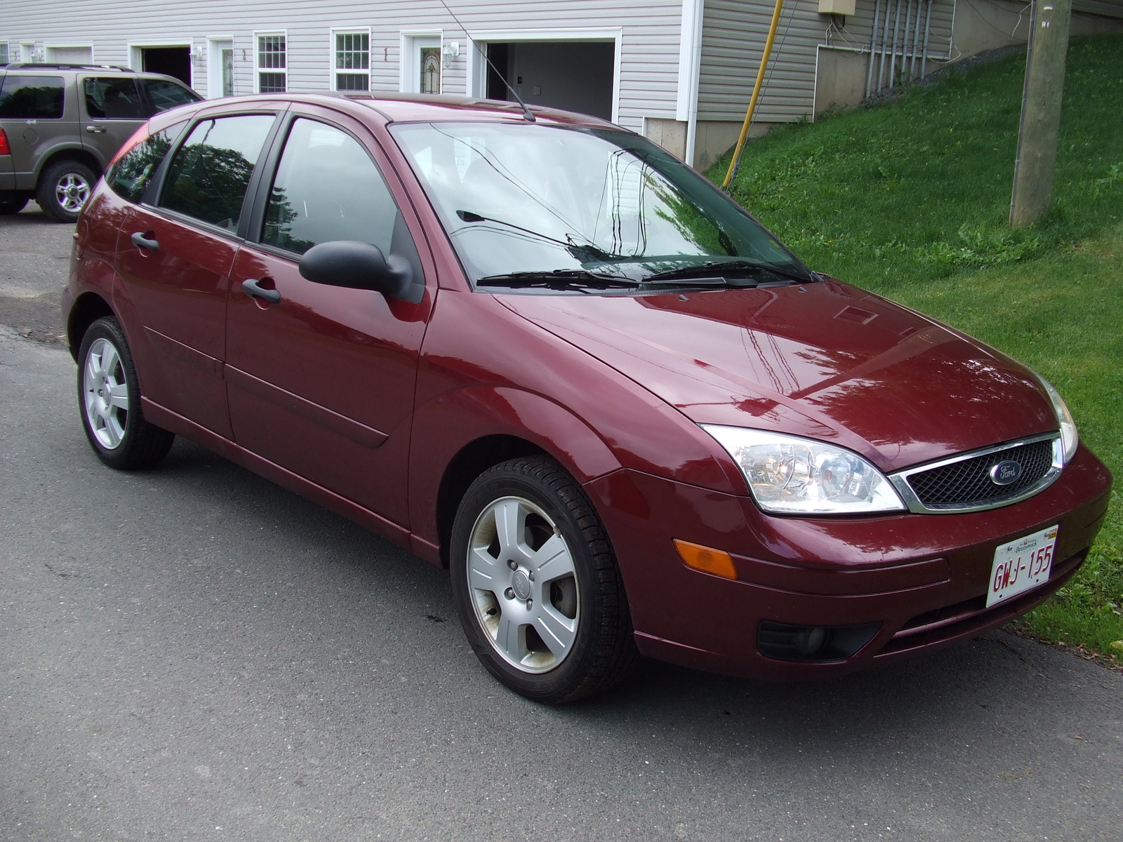 2006 ford focus photos informations articles