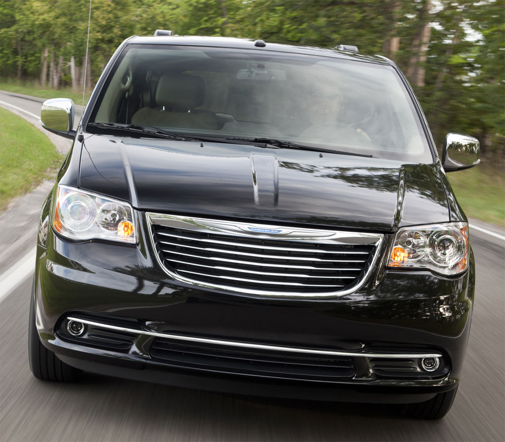 2011 Chrysler Town And Country #9
