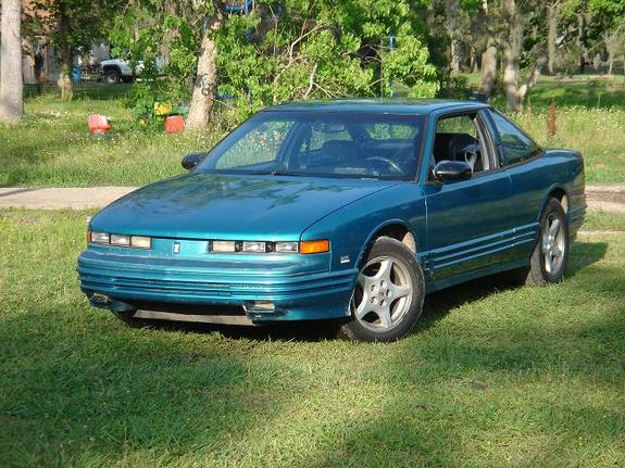 1995 Oldsmobile Cutlass Supreme #6