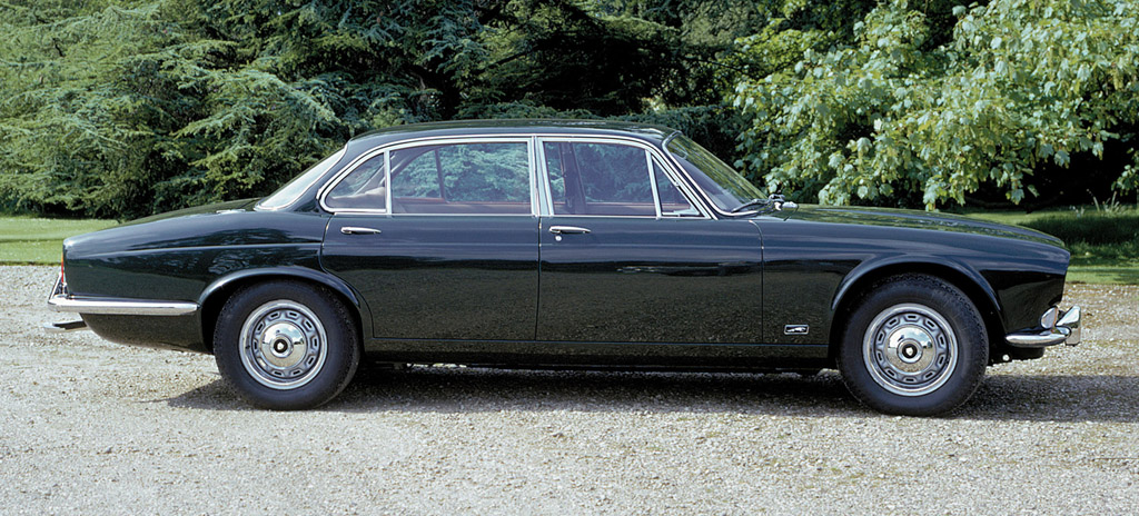 1990 Jaguar Xj-series #16