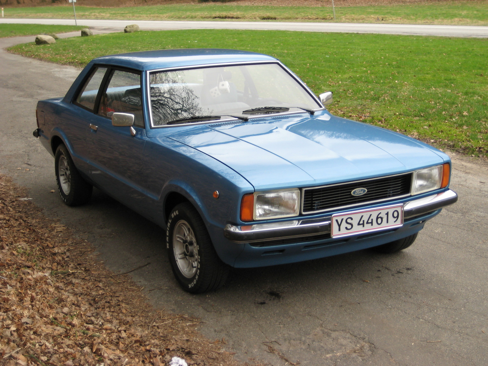1980 ford taunus photos informations articles. Black Bedroom Furniture Sets. Home Design Ideas