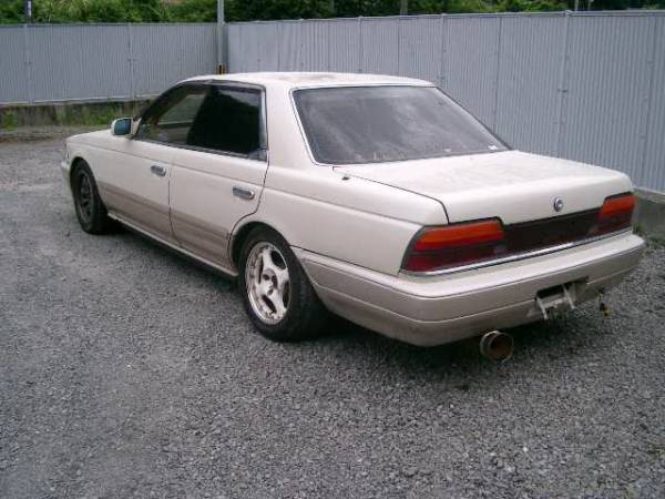 1990 Nissan Laurel #4
