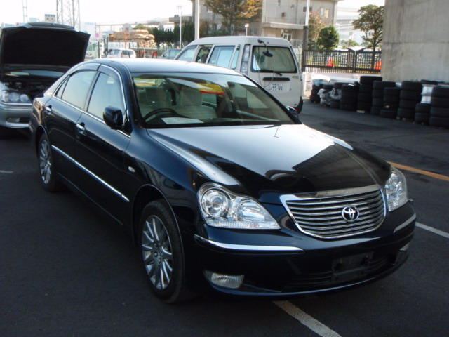 2005 Toyota Crown #6
