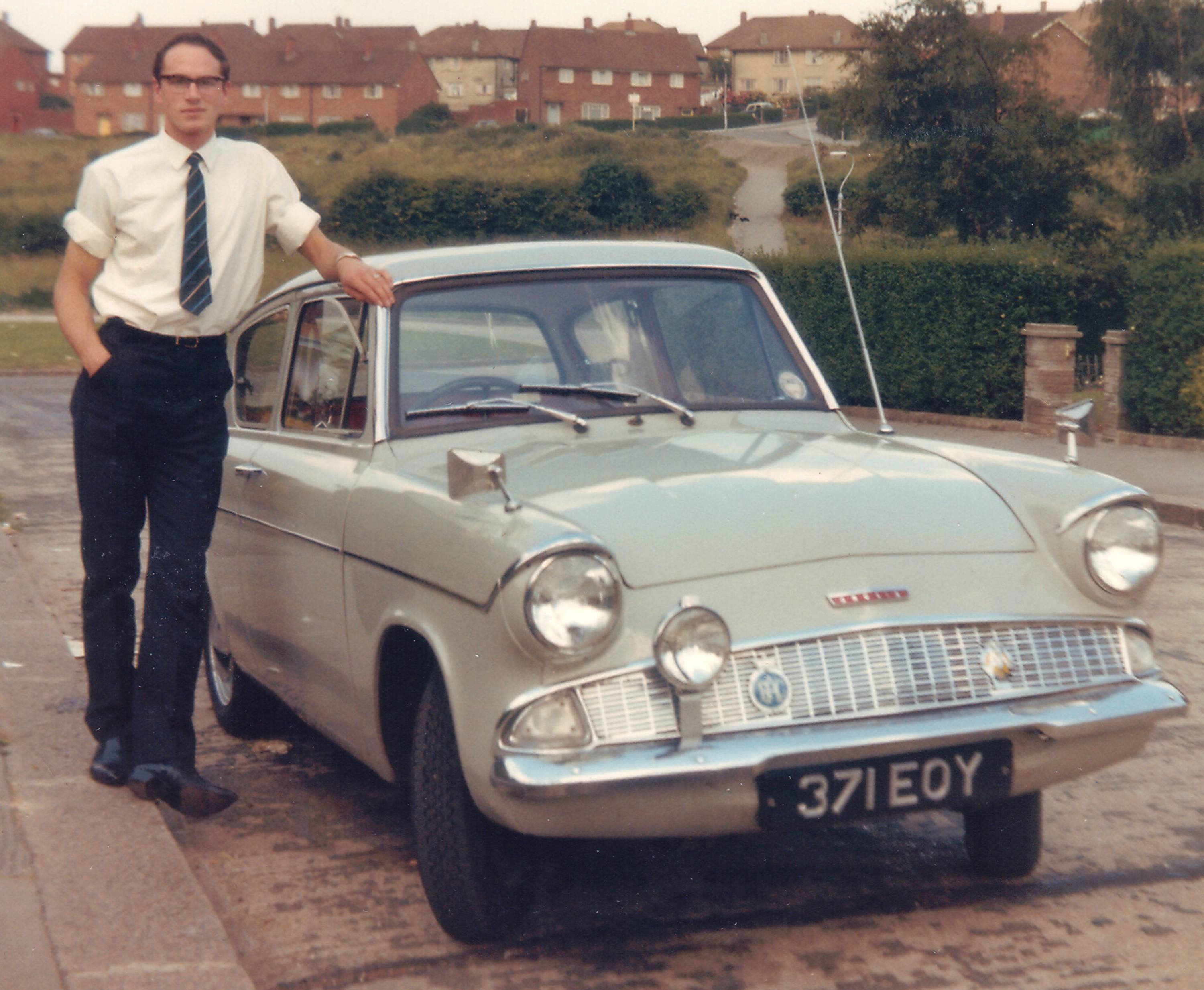 1964 ford anglia photos informations articles. Black Bedroom Furniture Sets. Home Design Ideas
