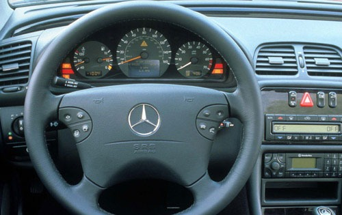 2000 Mercedes-Benz CLK #17