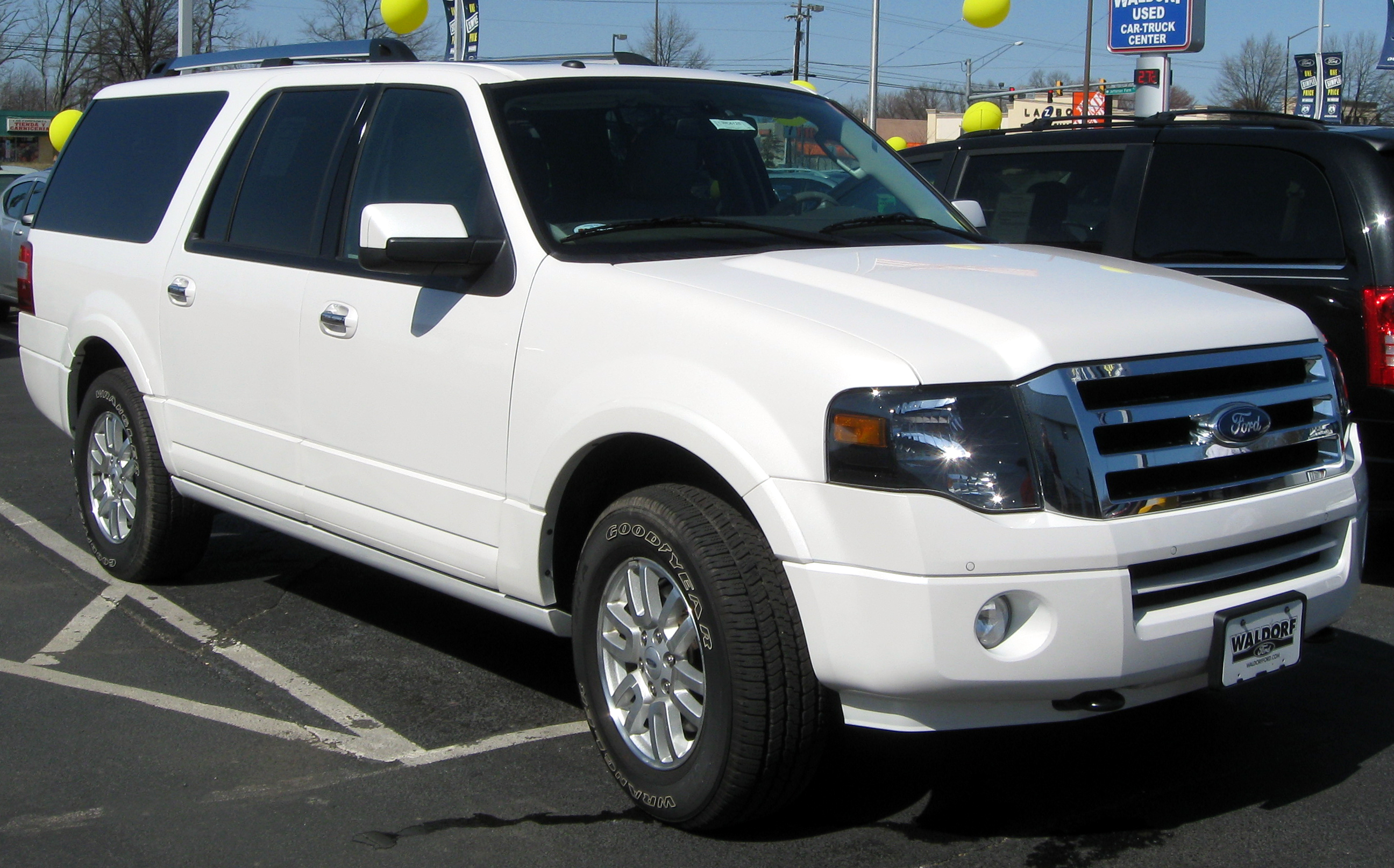 2009 Ford Expedition El #3