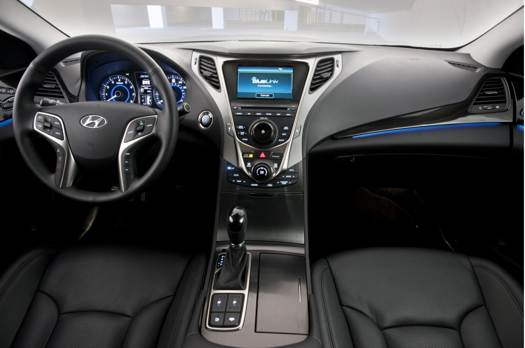 2012 Hyundai Azera Photos Informations Articles
