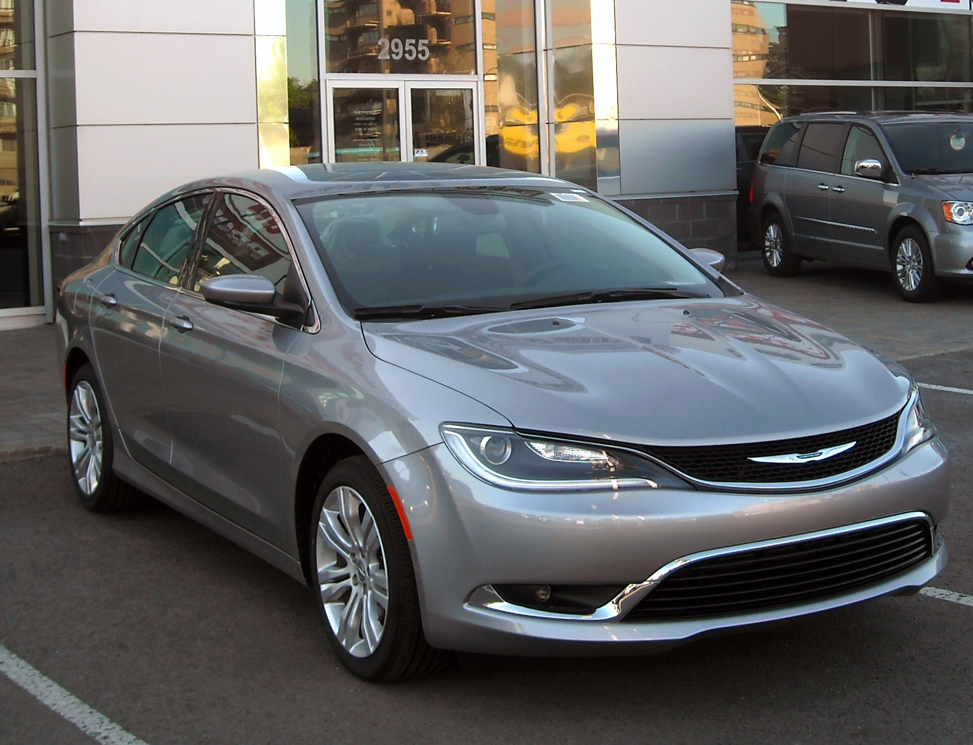 Chrysler 200 #2