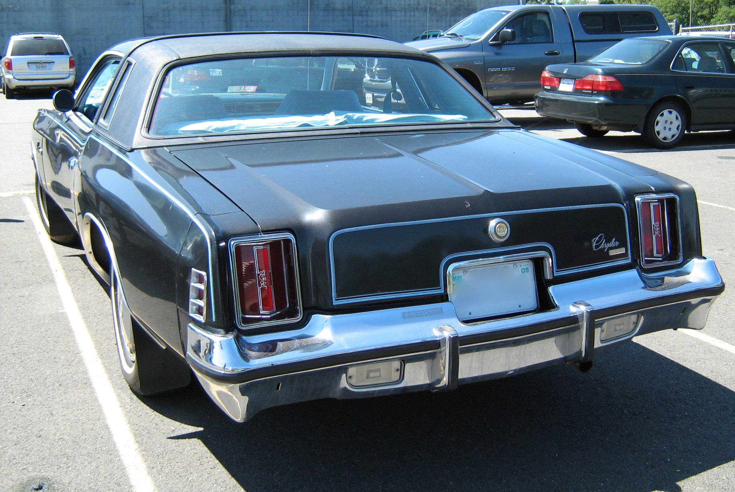 Chrysler Cordoba #18