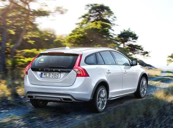 Volvo V60 Cross Country #14