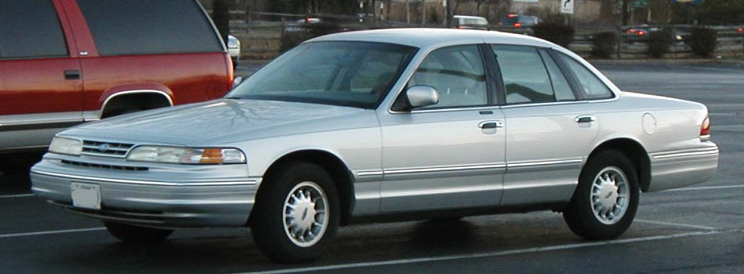 1997 Ford Crown Victoria #7