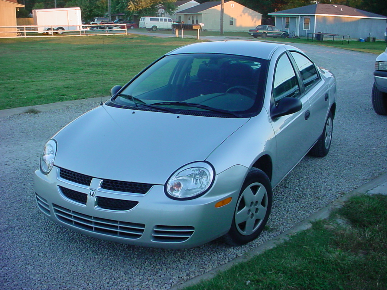 2005 Chrysler Neon #13