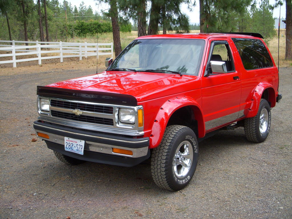 1991 chevrolet s 10 blazer photos informations articles. Black Bedroom Furniture Sets. Home Design Ideas