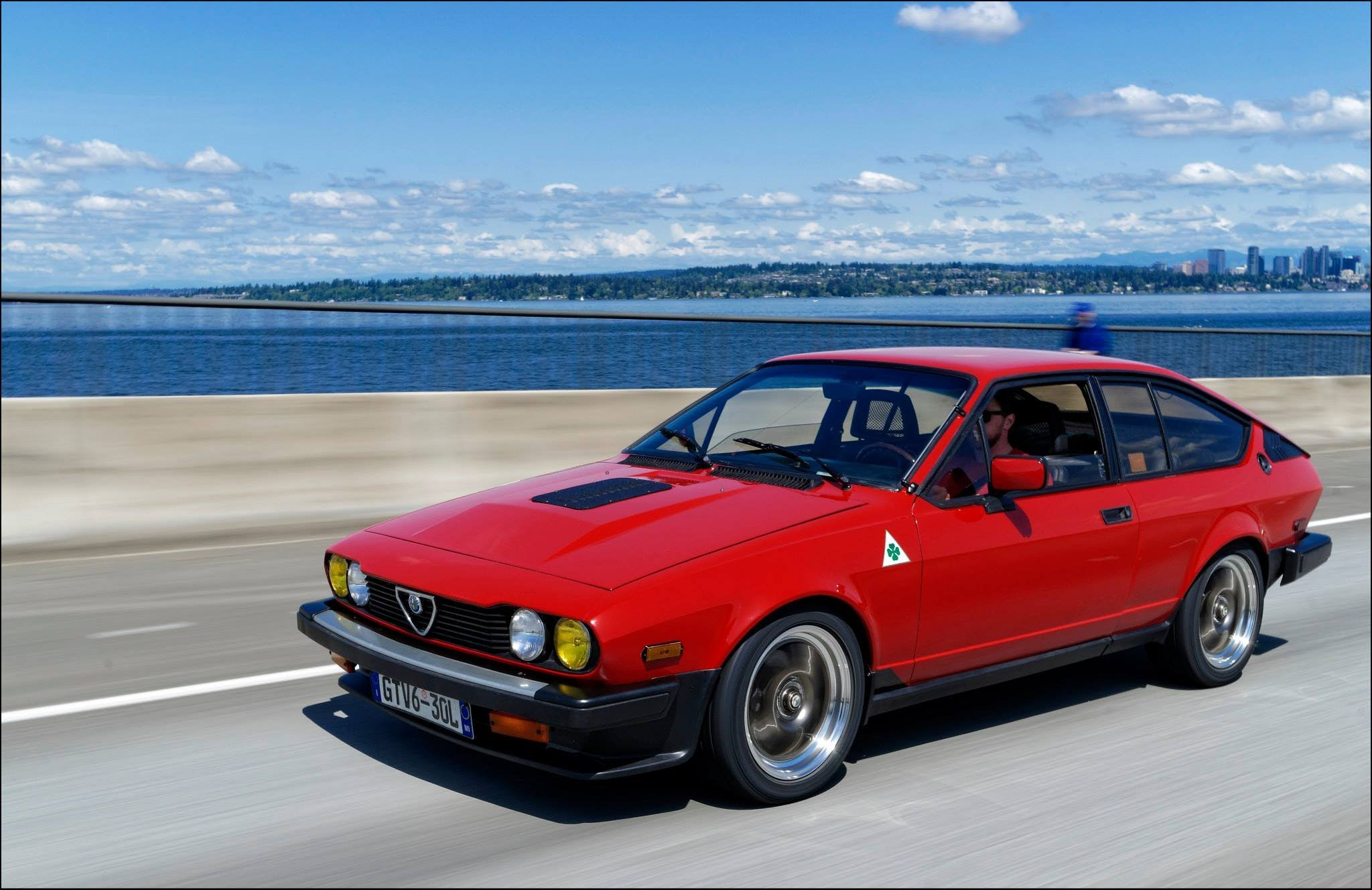 Alfa Romeo Gtv6 Photos Informations Articles Bestcarmag Com
