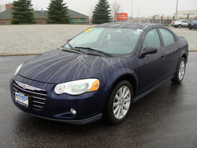2005 Chrysler Sebring 2