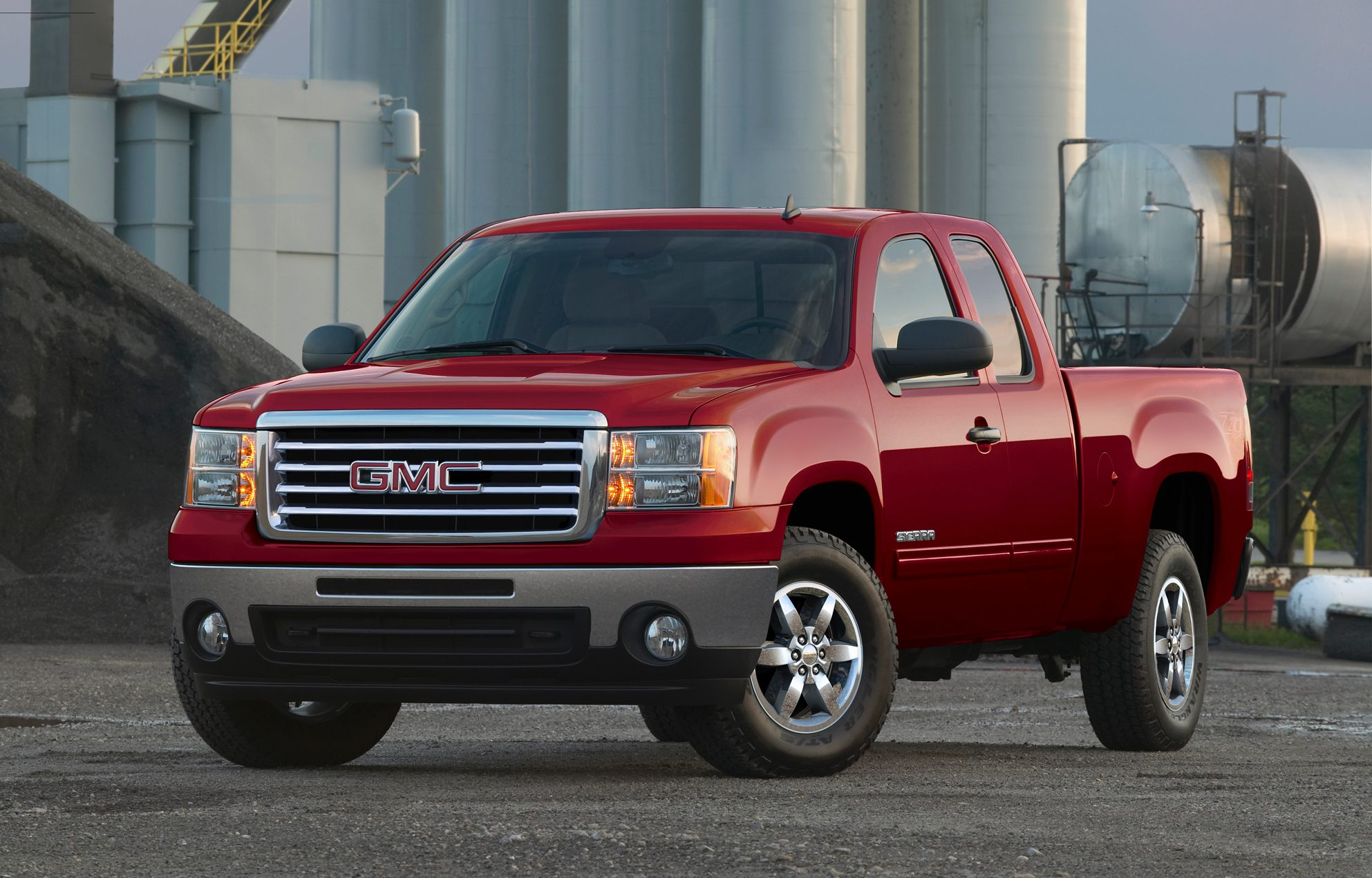 review reviews hp sierra is gmc of crew liter produces article that denali torque a autoweek lb equipped notes car cab ft with