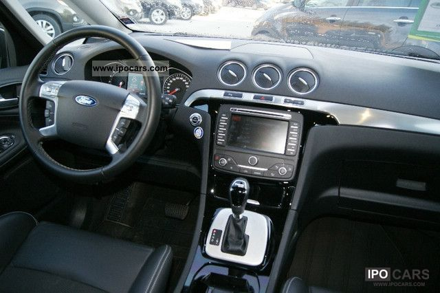 2011 Ford S-Max #12
