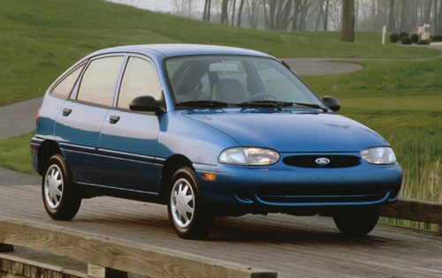 1997 Ford Aspire #4