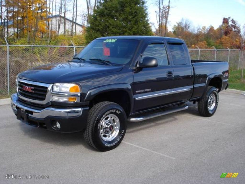 2005 GMC Sierra 2500hd #1