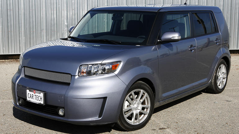 2010 Scion Xb #4