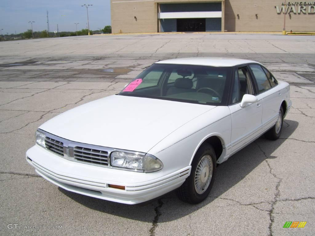 1998 Oldsmobile Regency #4