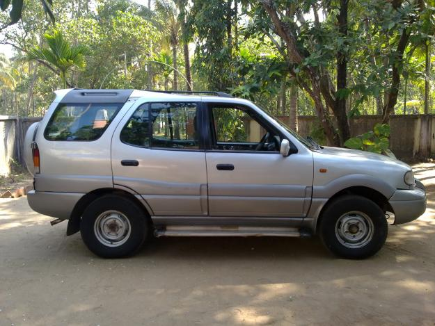2001 Tata Safari #1