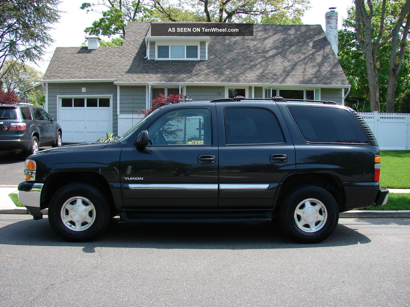 2005 gmc yukon photos informations articles. Black Bedroom Furniture Sets. Home Design Ideas